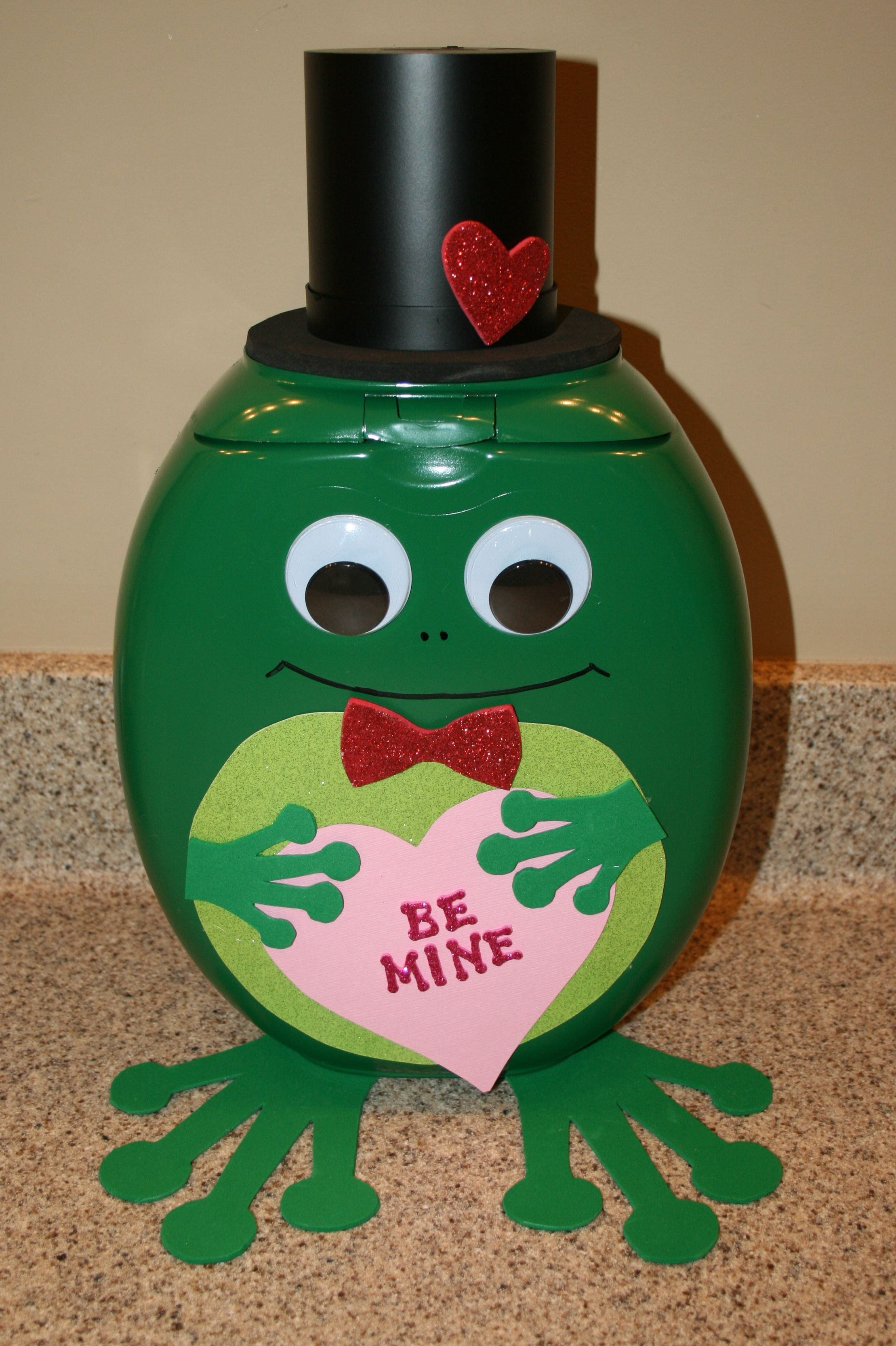 5th Grade Valentine S Box Project We Created Him From A Tide Pods Container Thought He
