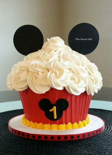 Mickey Mouse Giant Cupcake Smash Https M Facebook Com