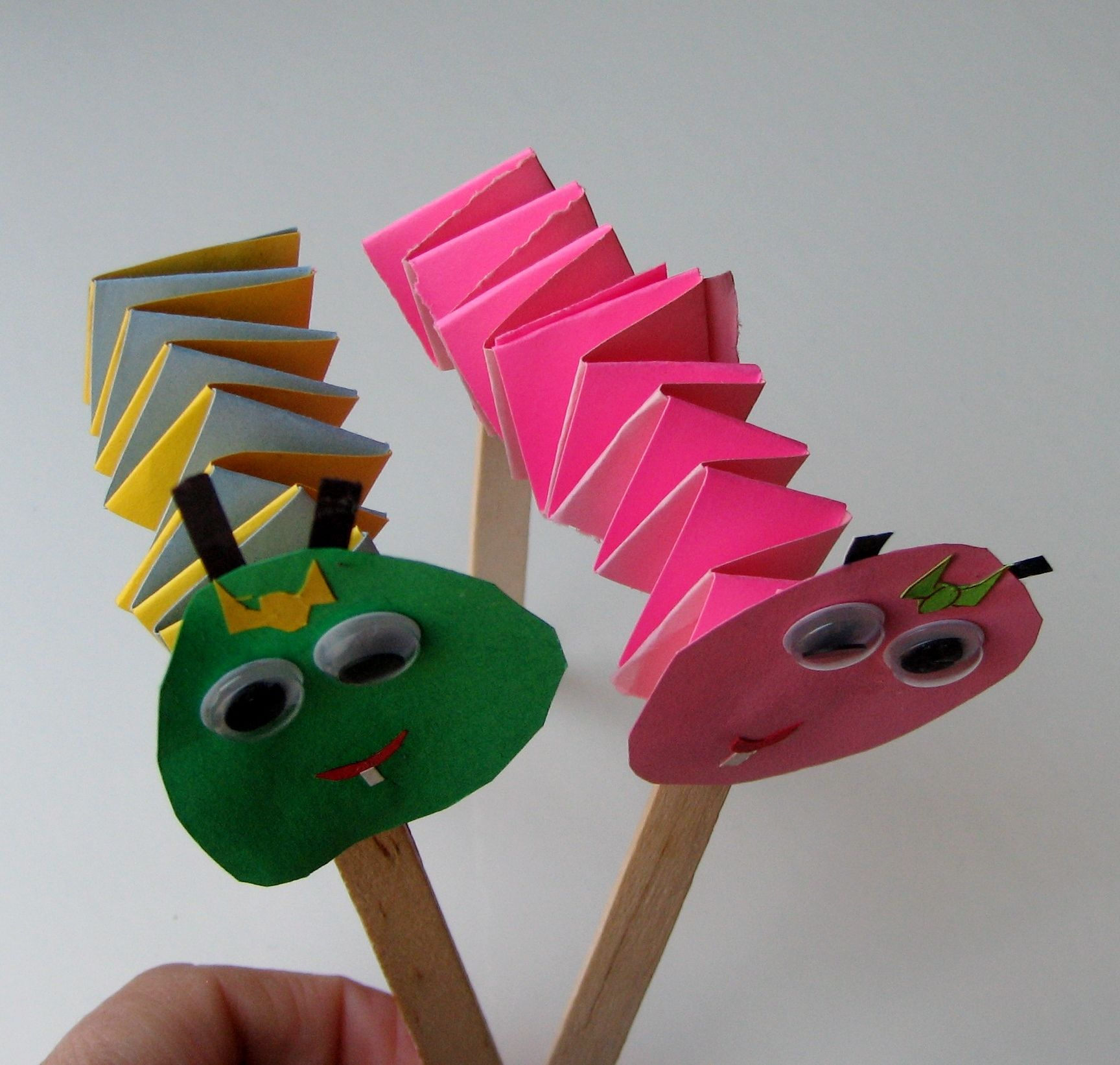 Accordion Puppets