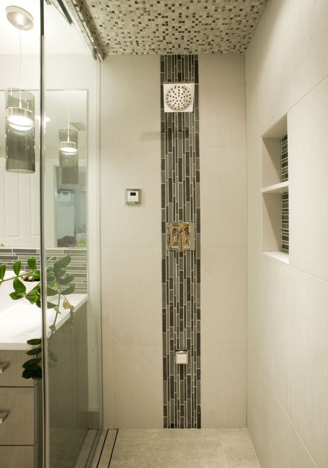 accents tile to use with marble tile in shower
