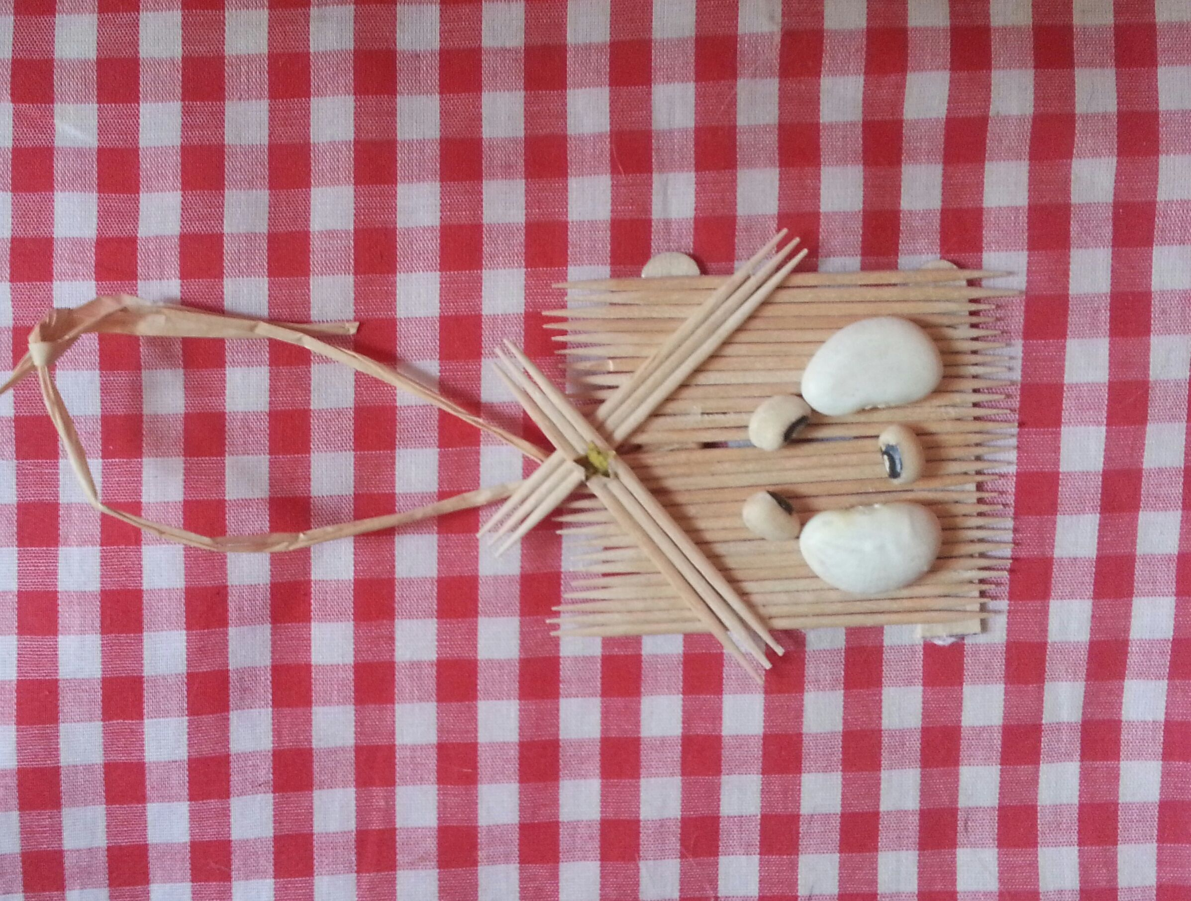 Manger Scene Christmas Ornament Glue Together Toothpicks In A Straight Line Add Lima Beans And