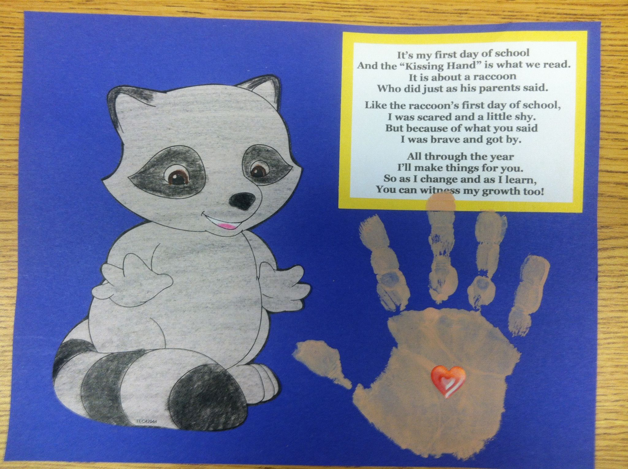 Raccoon Chester The Kissing Hand Arts Amp Crafts Project I Used Our School Colors For The