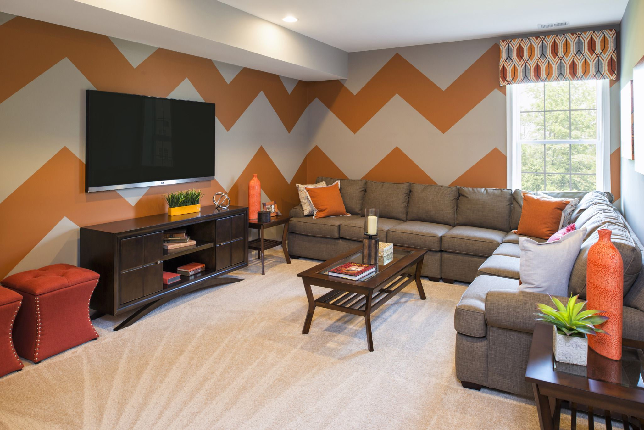 when painting a wall design do you use zigzag lines on designers most used wall color id=35618