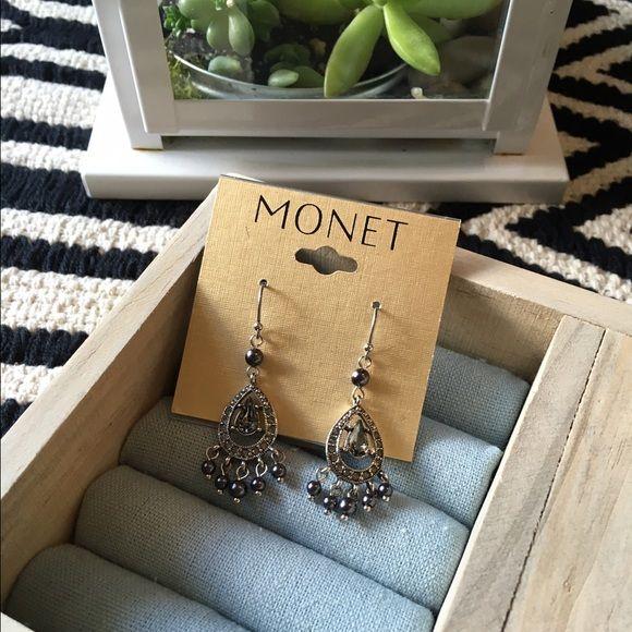 Monet Earrings Chandelier Nwt