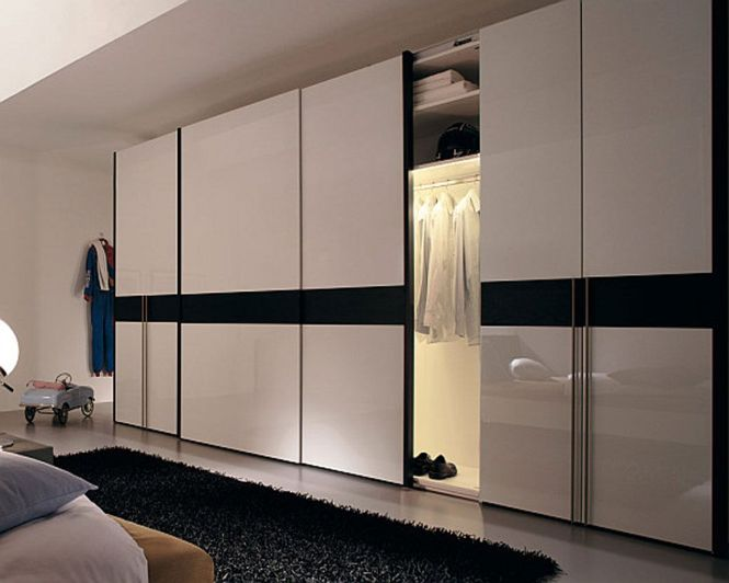 Extra Large Wardrobe Design With Sliding Doors And White Gloss Color