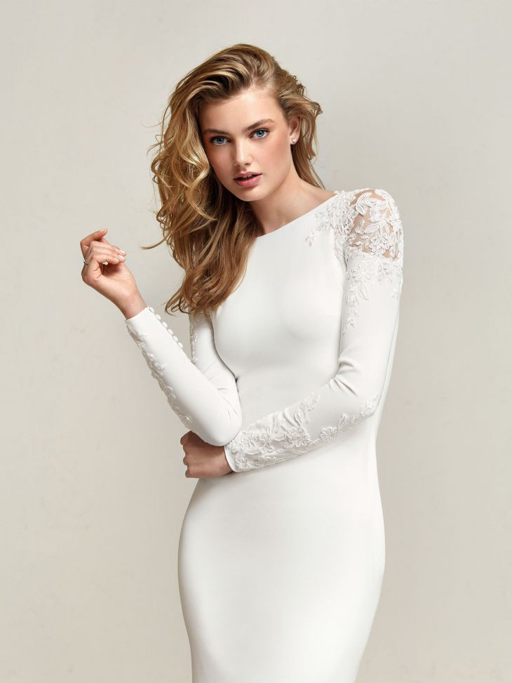 Mermaid style wedding dress long sleeves shoulder detail  Wedding