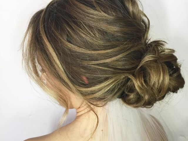 60 updos for thin hair that score maximum style point | low messy
