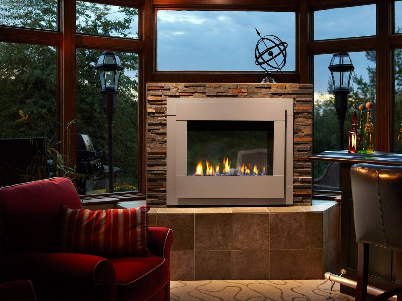 Twilight Indoor Outdoor Modern Gas Fireplace