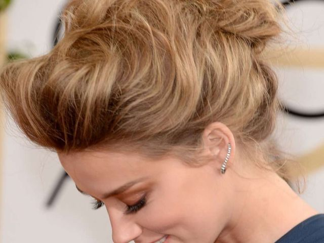 hairstyle for evening gown :: one1lady :: #hair #hairs