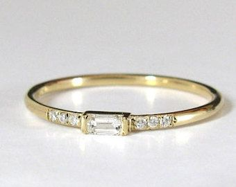 Baguette bague diamant  bague de fian    ailles  bague superposable     Baguette bague diamant  bague de fian    ailles  bague superposable  solide  14k or bague