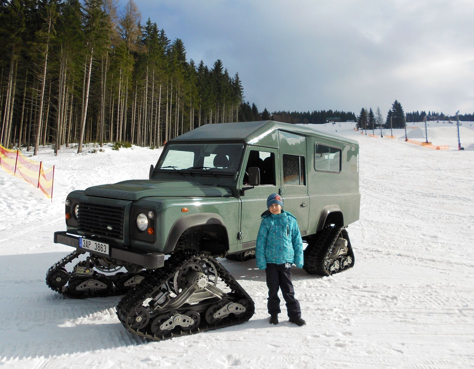 Land Rover Defender SATBIR – velkoprostorov½ terénn vůz DAJBYCH