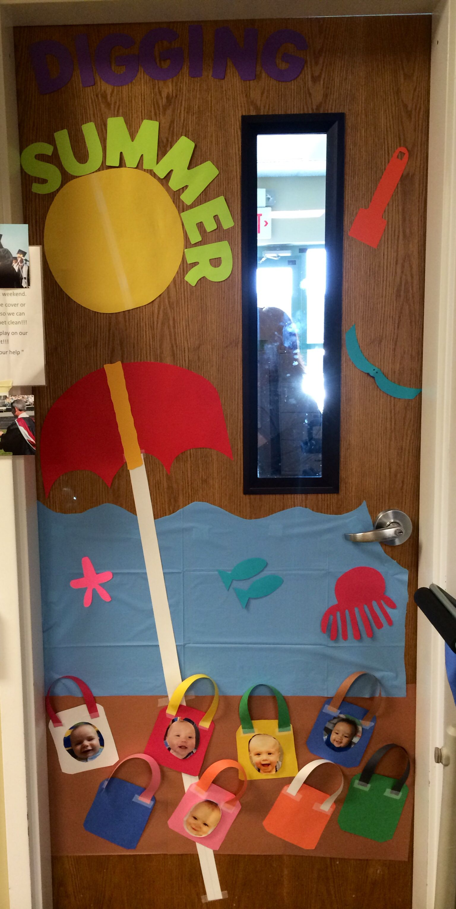 Summer Infant Room Door Display