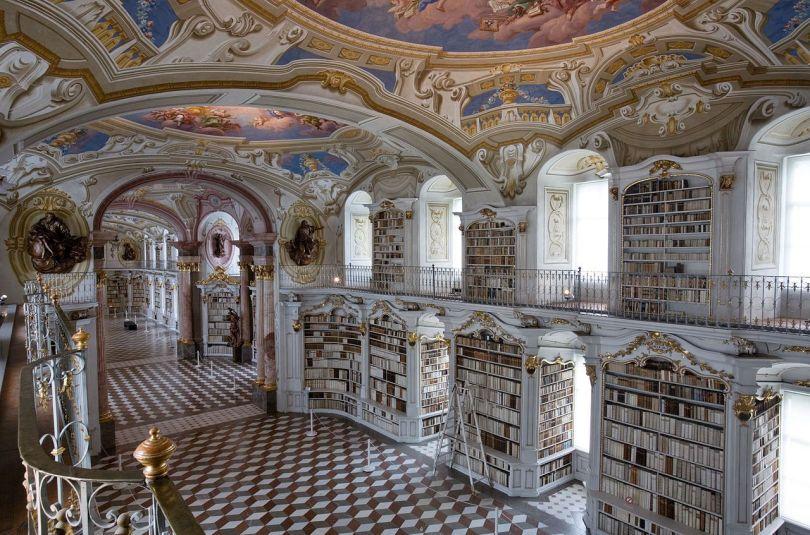 Avusturya Admont Abbey Kütüphanesi ile ilgili görsel sonucu