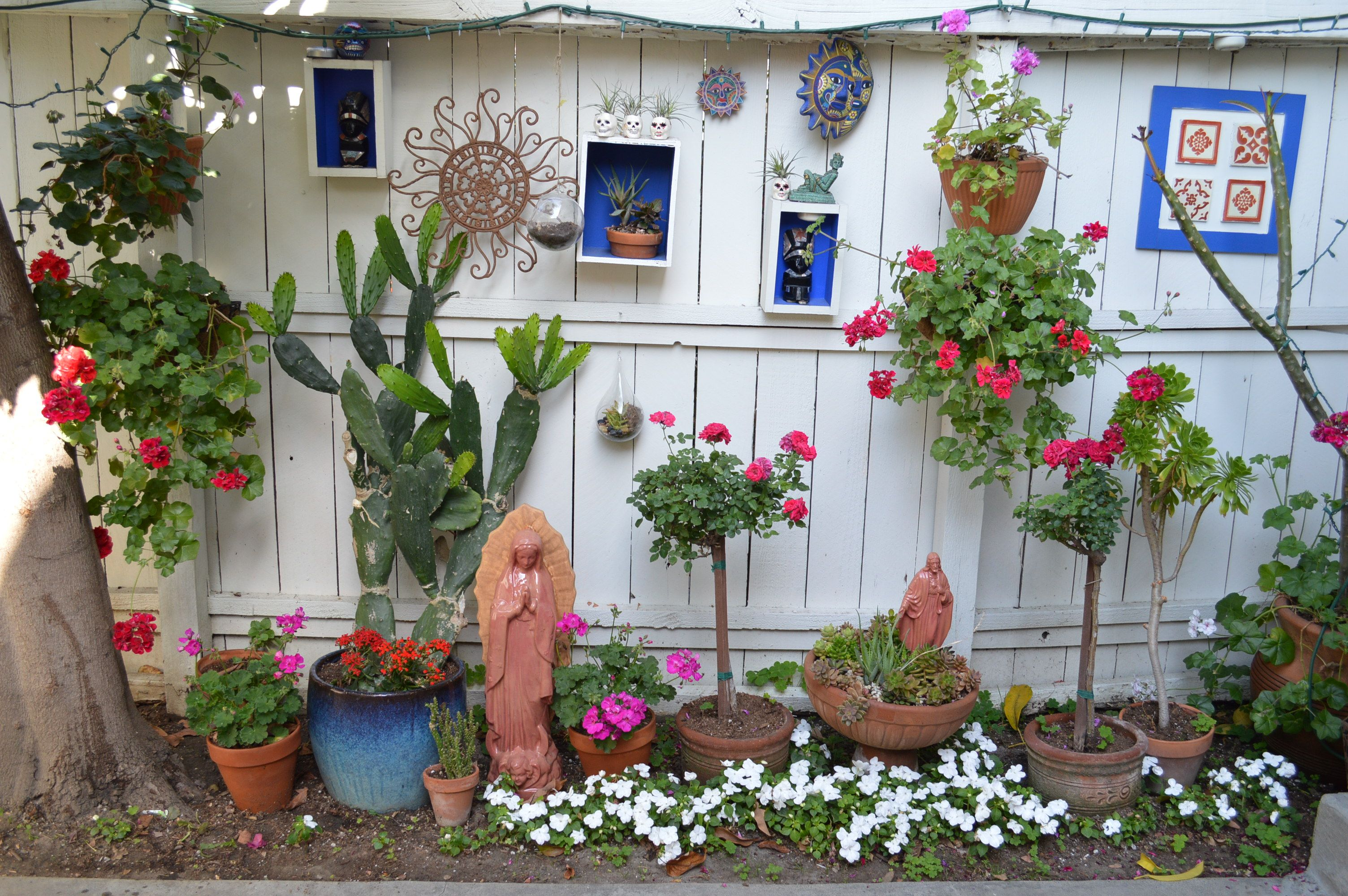 Spanish /Mexican garden. My patio reflects my style the ... on Mexican Patio Ideas  id=43668