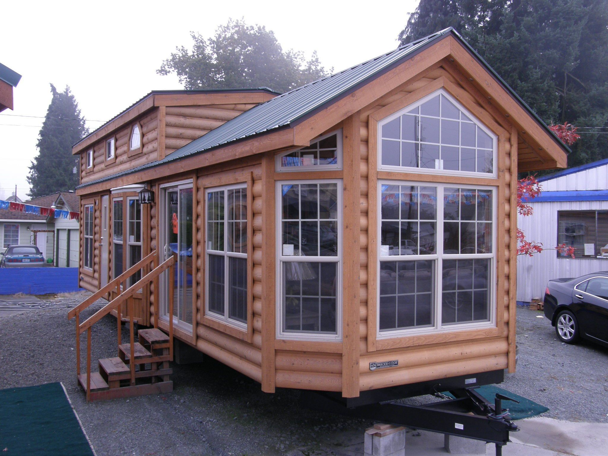 Visit Open Big-Tiny House On