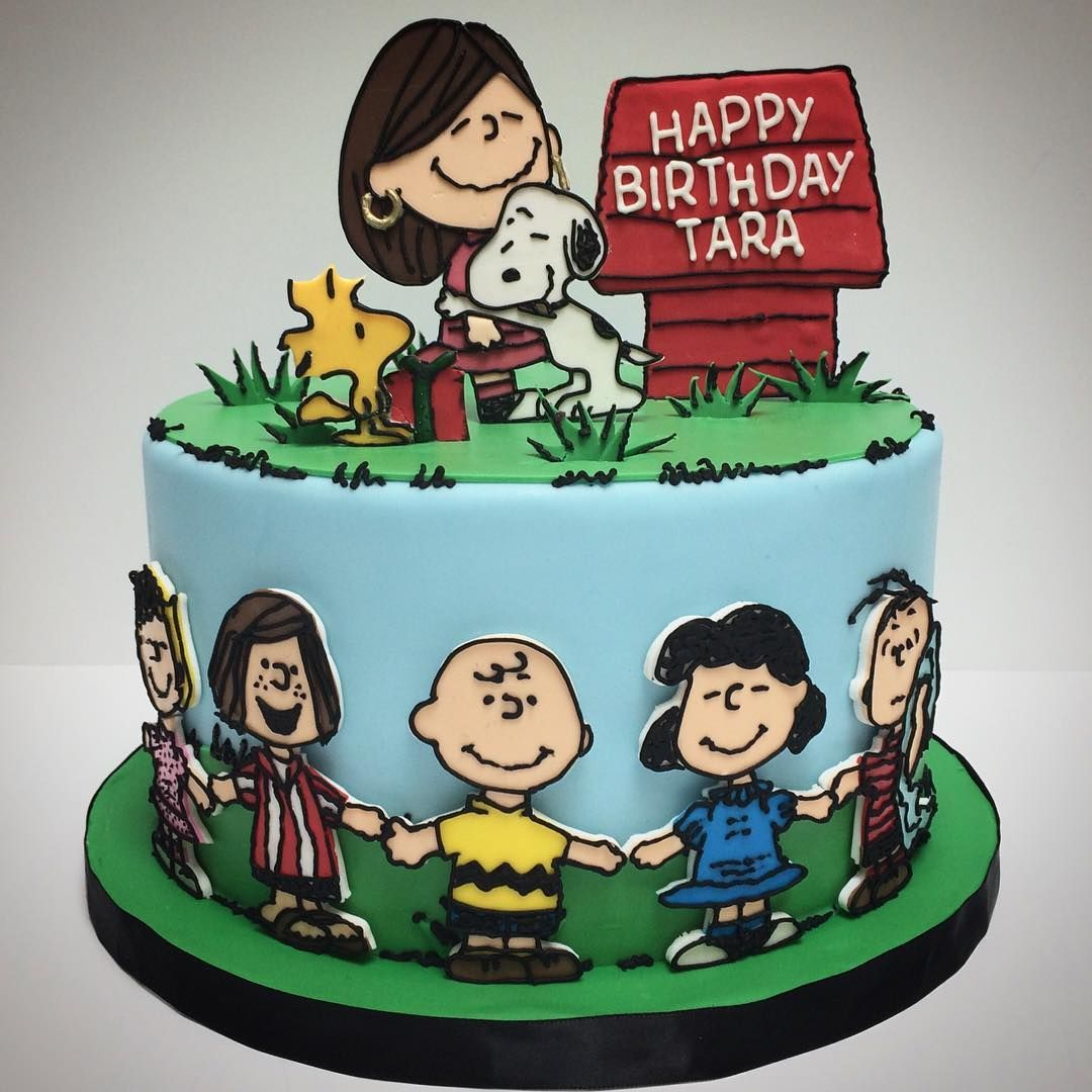 Happy Birthday Snoopy Cake