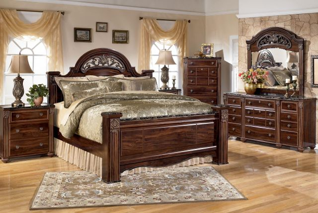 Gabriela King Bedroom Group by Signature Design by Ashley