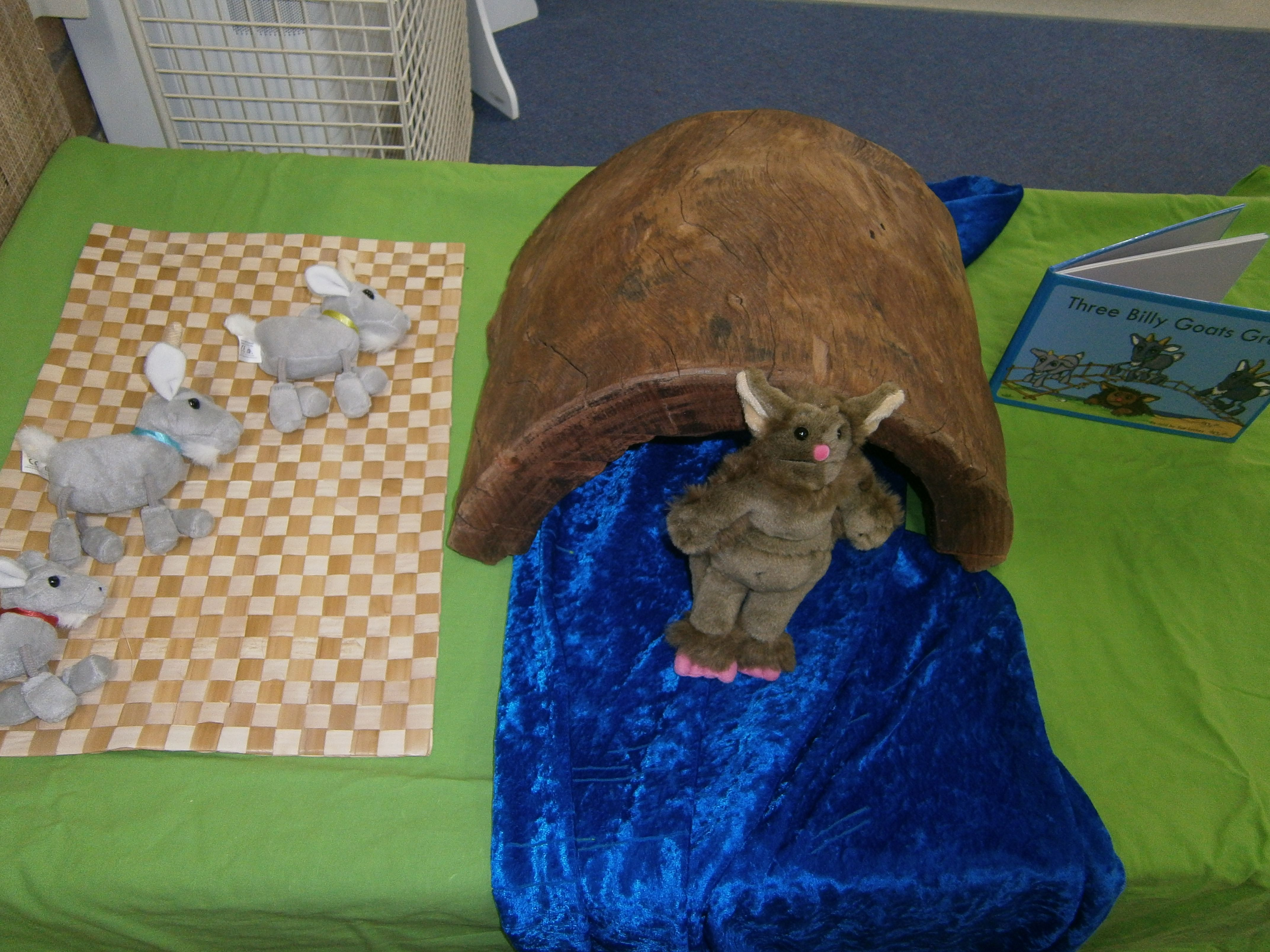The Three Billy Goats Gruff Story Table