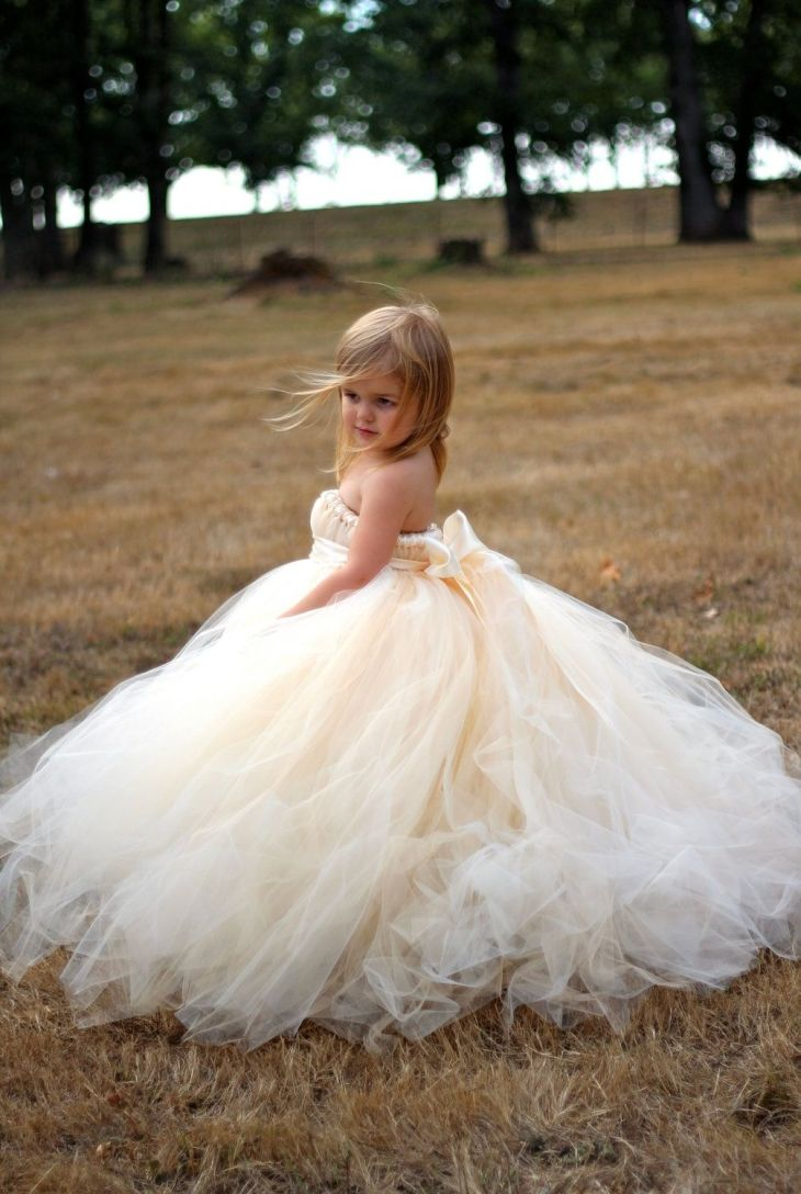Lil angel  My Happily Ever Afteruc  Pinterest  Angel Flower girl