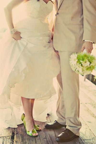 Grüne Hochzeitsschuhe