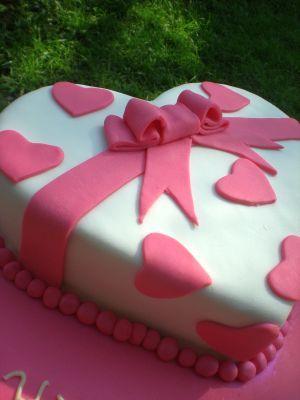 Client Princess Heart Shaped Cake On Pinterest Heart