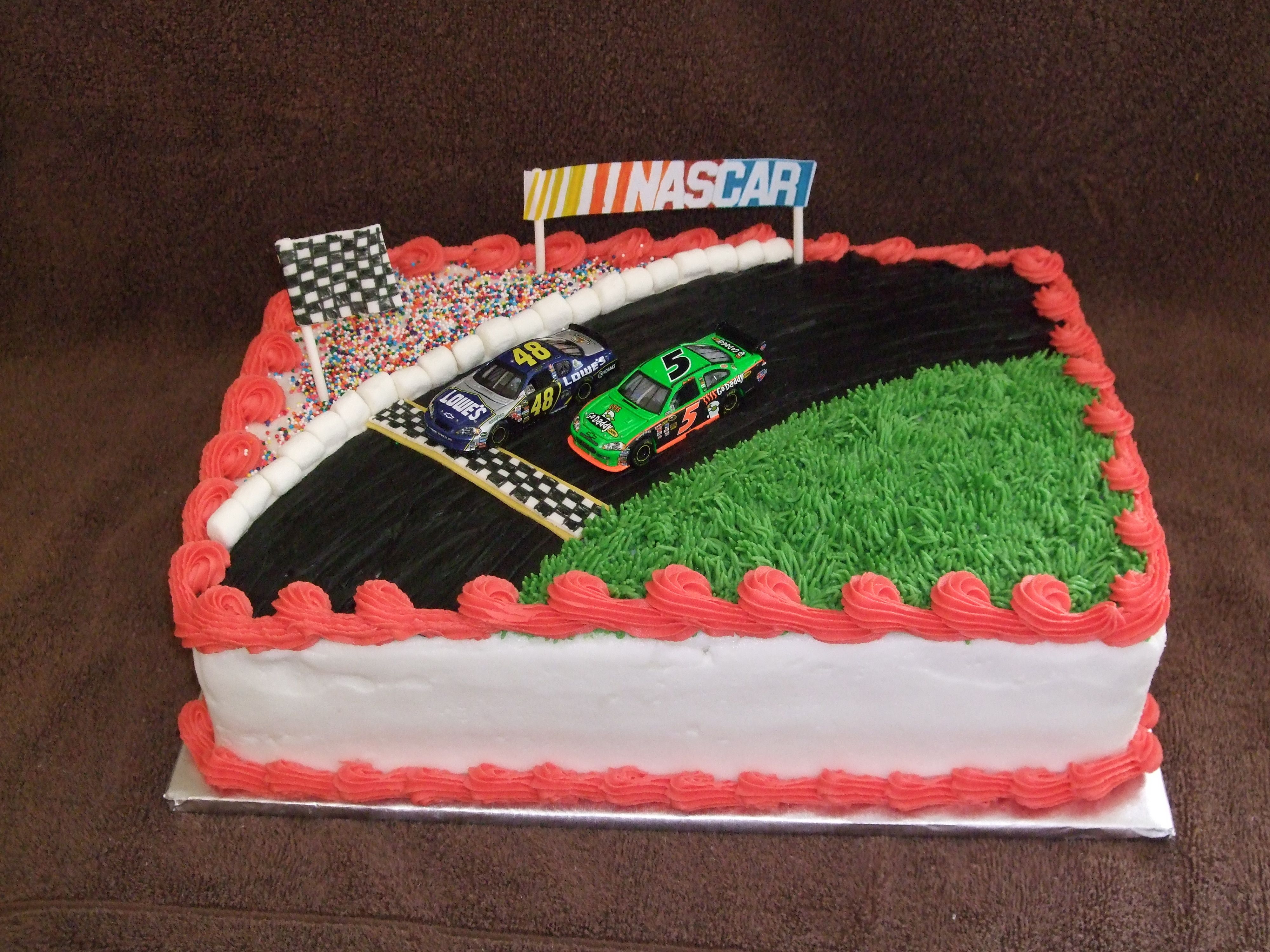 Nascar Birthday Cake For A Nascar Fan