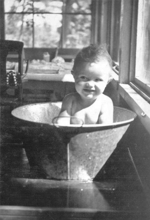 Baby In A Metal Tub 1950 Vintage Photos Pinterest