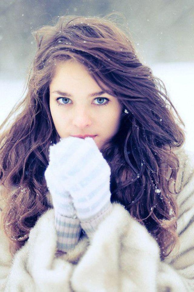 Tumblr Girls  Brown  Hair  Blue Eyes Make Up Pinterest