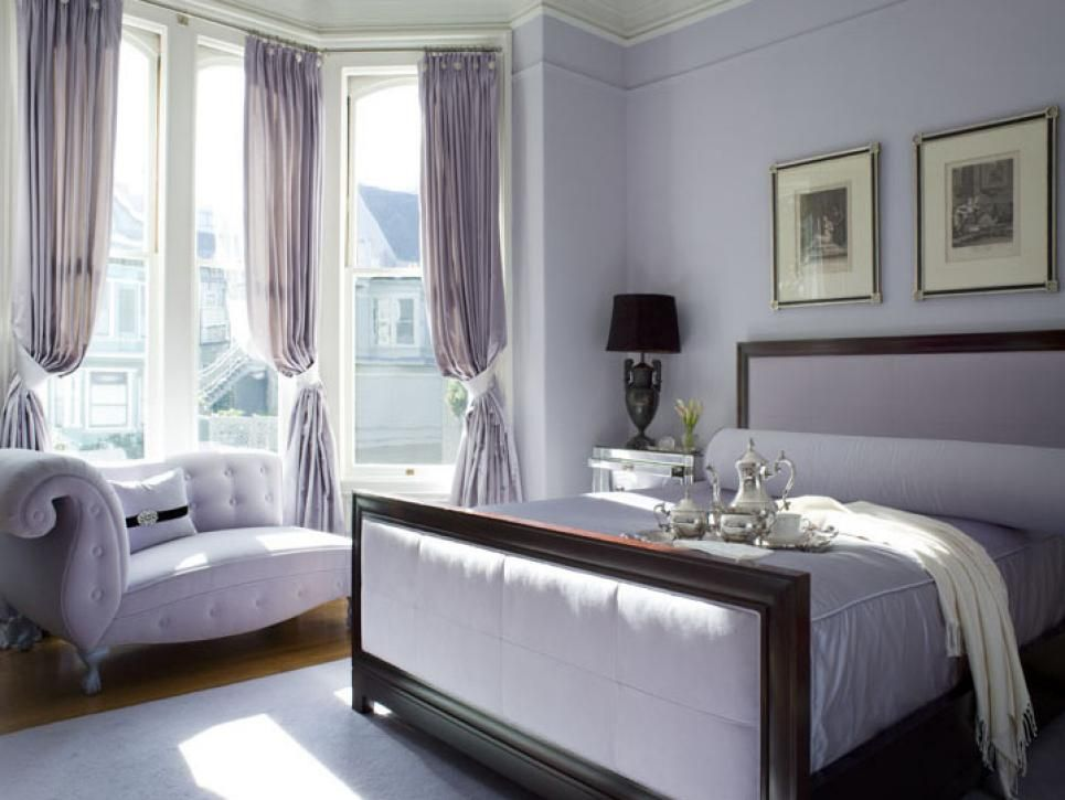 with this bedroom bathed in a single lavender tone, textures are