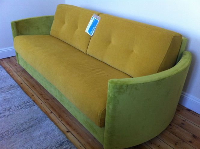 Sofa Bed With Curved Arms Contains A Very Comfortable 140 Cm X 195 Memory