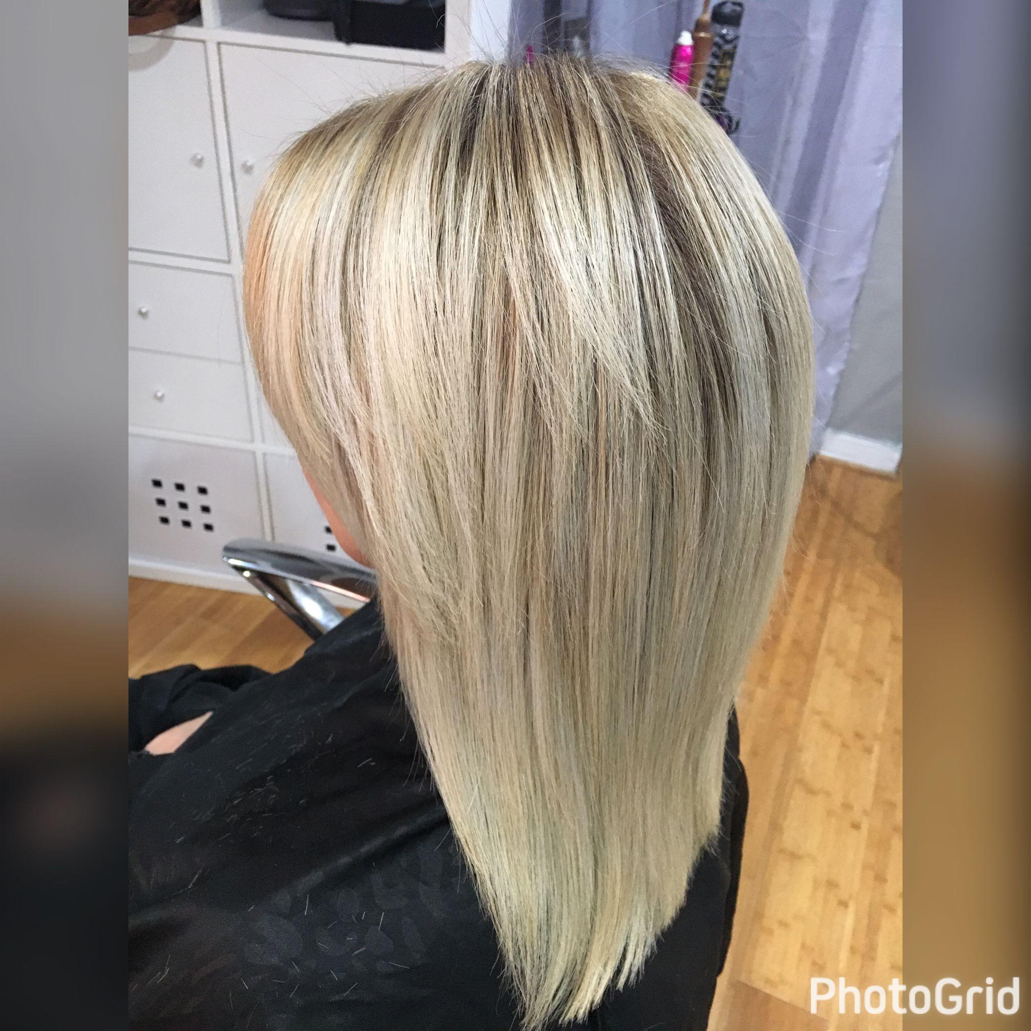 Natural roots blonde to platinum blonde ombré pravana ash blonde