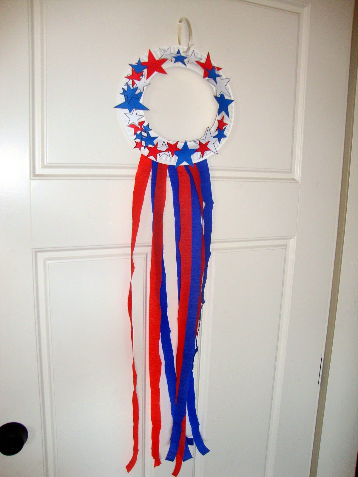The Swan Family Fourth Of July Wreath Craft For Kids