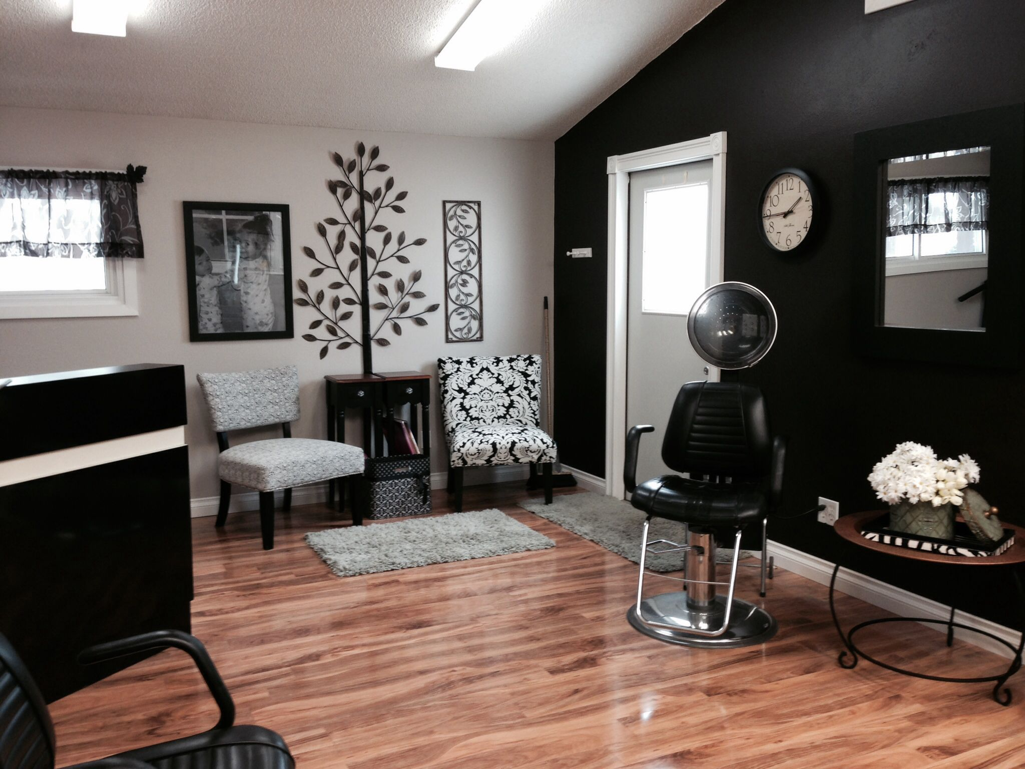 Interior Small Home Salon Ideas Novocom Top