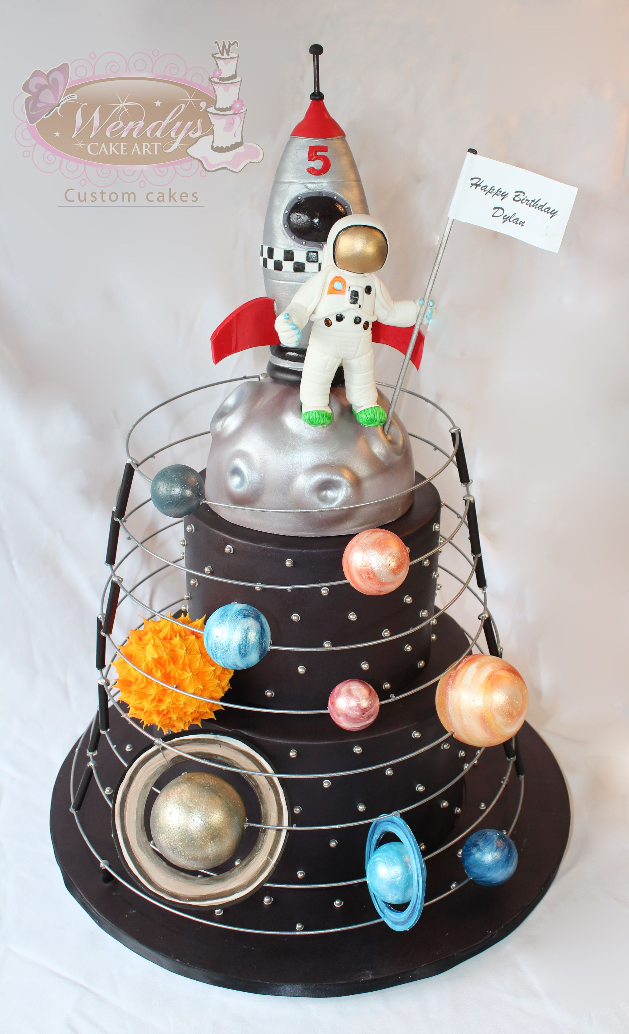Wendyscakeart Solar System Cake With Astronaut And