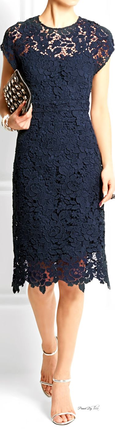Scalloped Lace Dresses Collection