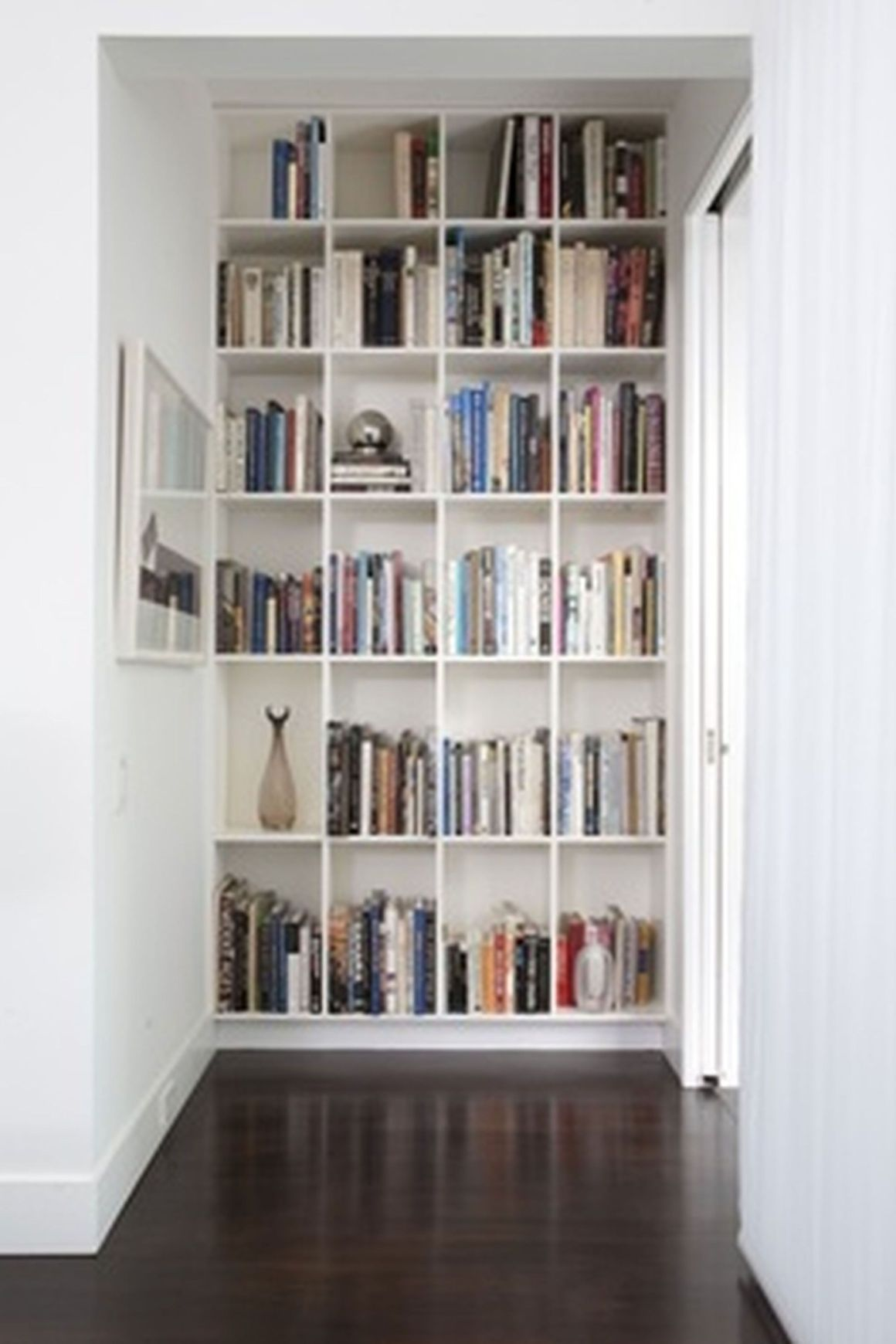 bookshelf ideas for small spaces | small bedroom | pinterest | small