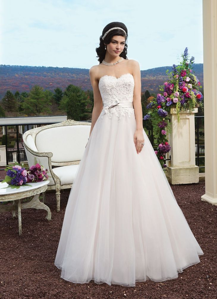 Sincerity wedding dress style  Tulle and beaded Alencon lace