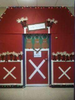 Reindeer Stable Decoration Christmas Door Reindeer