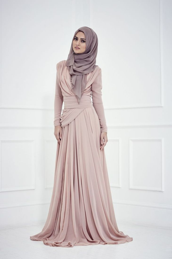 Impressive collection of abaya with flare designs Model