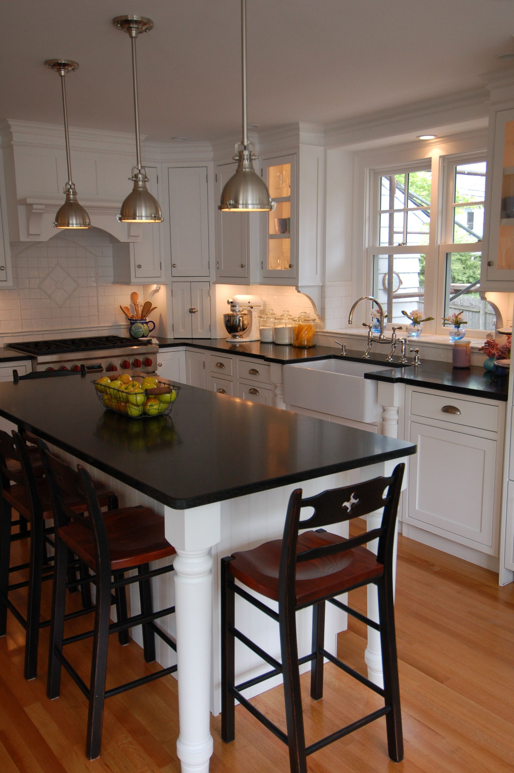 sink and stove location with island and lamps perfect kitchen ideas pinterest stove on kitchen island ideas in small kitchen id=17246