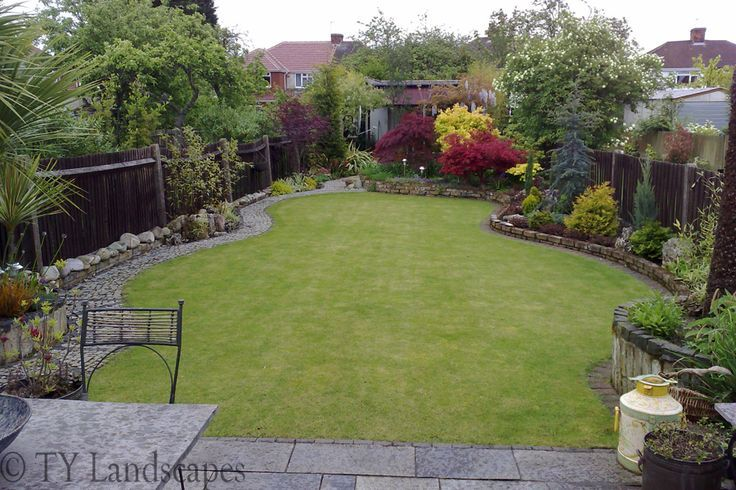 beautiful small back yard | For the Home | Pinterest ... on Tiny Back Garden Ideas id=63571