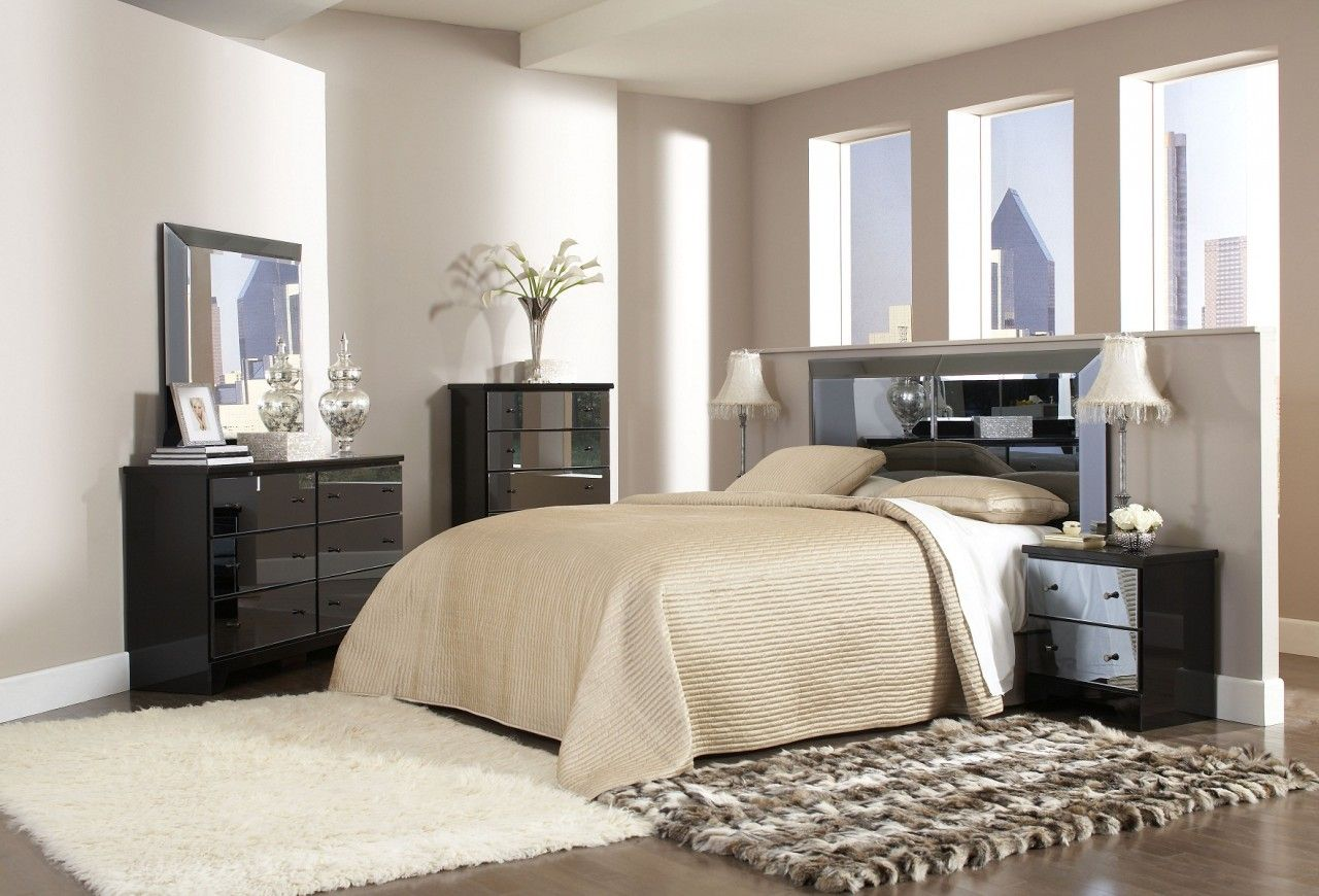 Awesome Bedroom Decoration With Wooden Floor Also Mirror