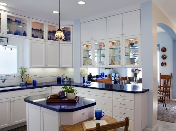 white shaker cabinets with top cabinets glass doors google search ideas for my kitchen on kitchen cabinets with glass doors on top id=78051