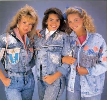 acid wash denim 90s fashion