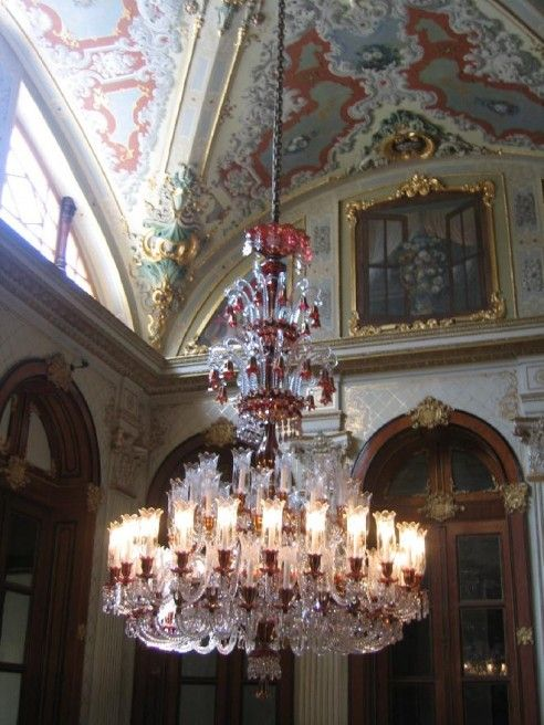 Baccarat Chandelier Dolmabahce Istanbul Chandelierbirdcage Chandelierbaccarat Crystalantique
