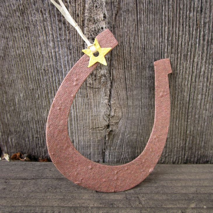 Plantable Paper Horseshoes  Country Wedding Favors  Flower