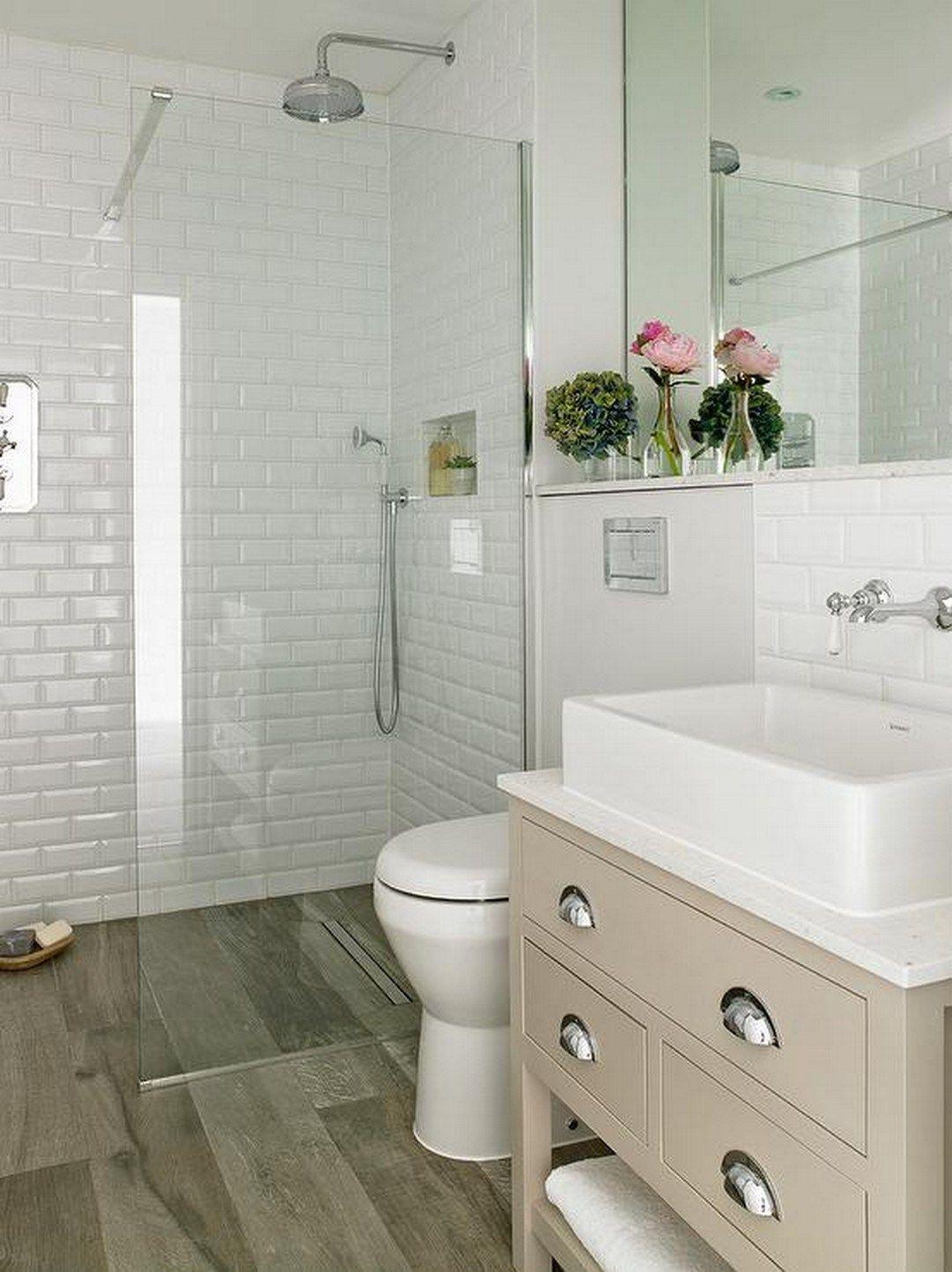 99 Small Master Bathroom Makeover Ideas On A Budget (56 ... on Small Bathroom Ideas Pinterest id=92338