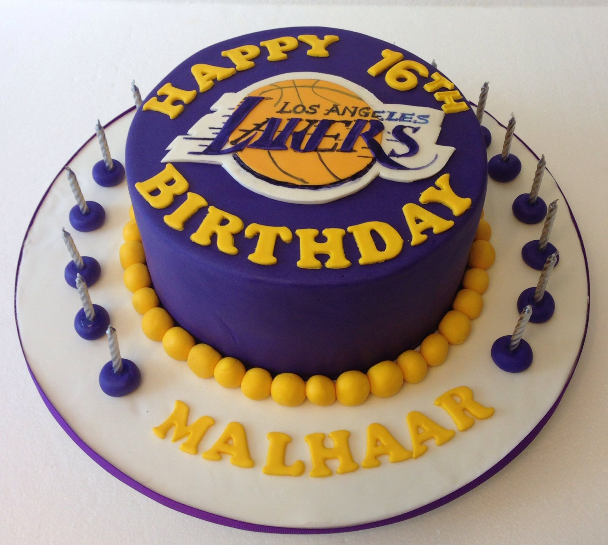 Lakers Cake