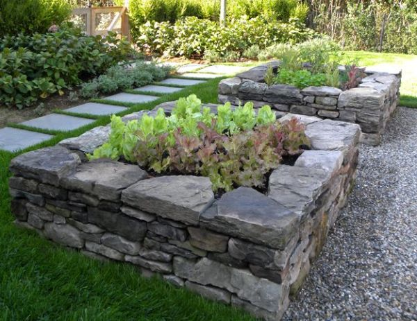 rock raised garden bed ideas Raised beds from stone. Would love to do this--a glorified