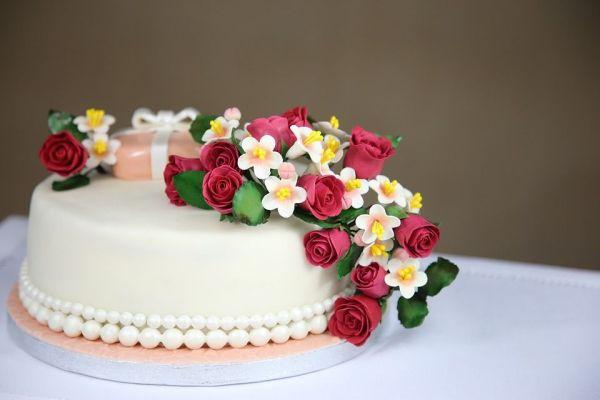 como aprender fazer bolos decorados